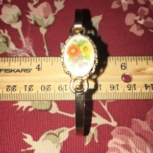 Avon Bangle Bracelet